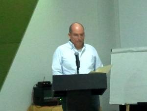 Francisco Bohórquez, Ágora Caribe, en la presentación del texto de discusión.