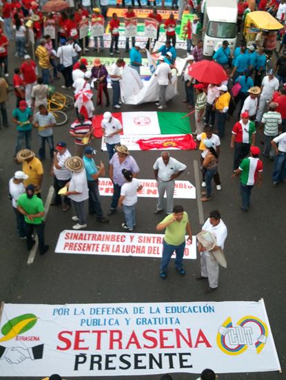 Primero de Mayo en Barranquilla antes de la salida de la marcha.