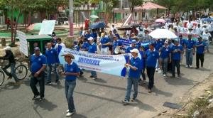 Trabajadores de Sintralrey, despedidos desde noviembre por Aluminios Reynolds.